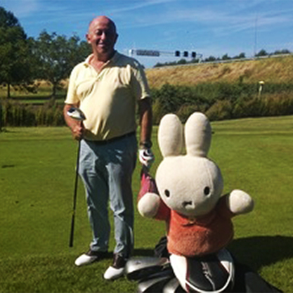 PASSIE4GOLF - ME AND MY HEADCOVER - HERBERT ISACSON - NIJNTJE